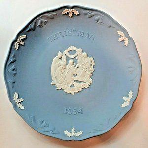 Wedgwood (Jasperware) Christmas Plate 1994 NIB
